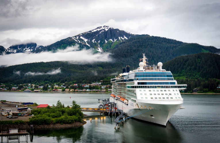 Stock Tips: 5 Reasons Why You Should Invest in Cruise Line Stocks