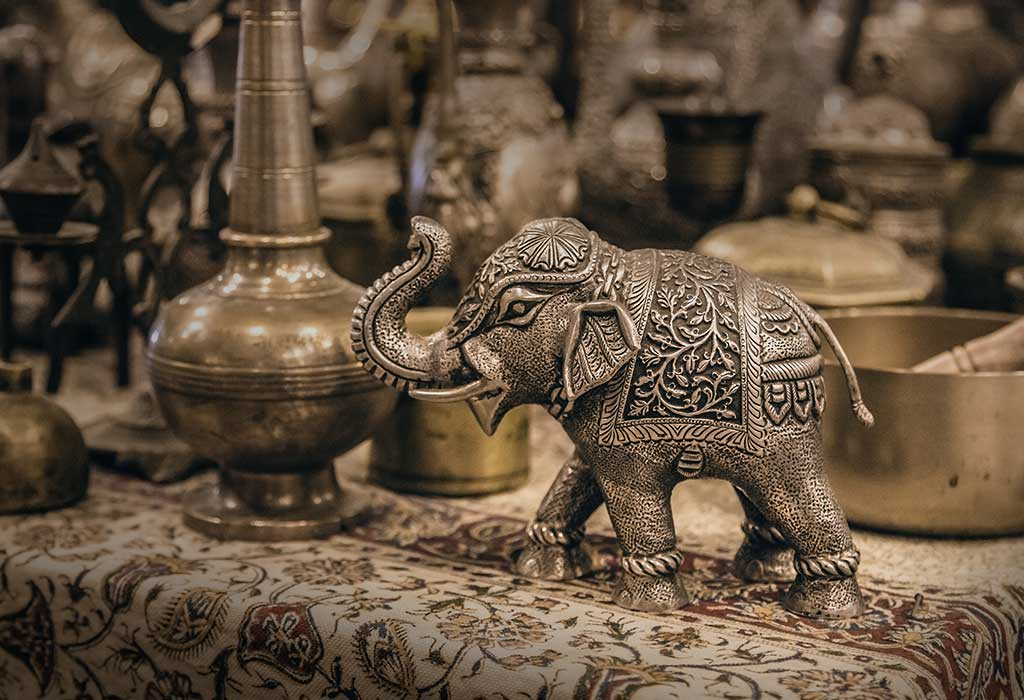 Kind of Handicraft and Workmanship you can discover in India for Home Decor and Gifting