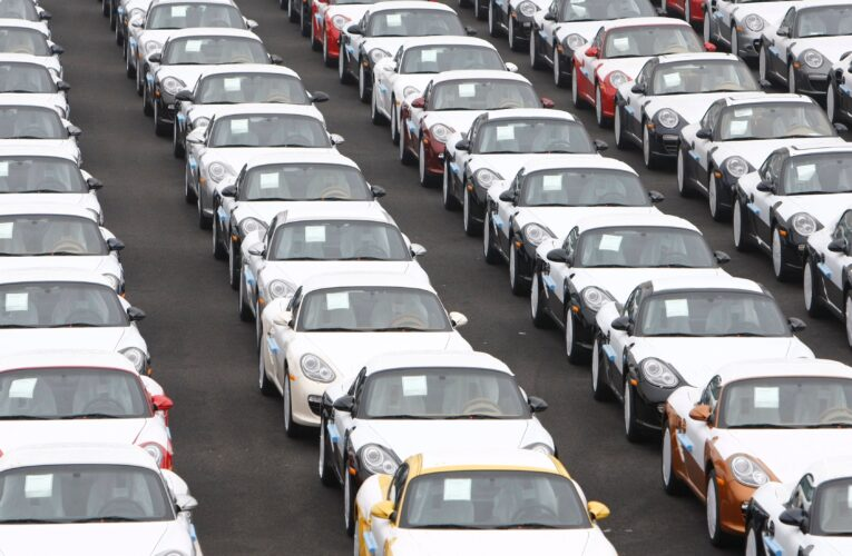 What to Consider While Picking Car Shipping Service?